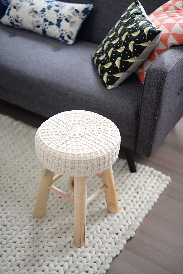 Tabouret action